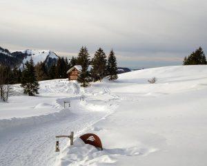 winter hikes in switzerland - Laternliweg